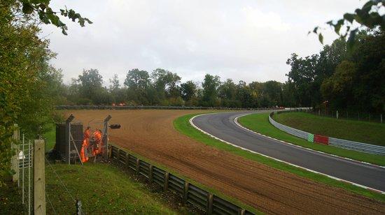 Brands Hatch : Hawthorn bend