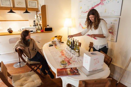 Burgundy Wine School : Morning: white wine, afternoon: reds