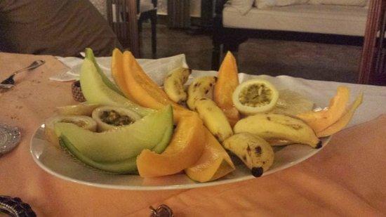 Luna House Malindi: Frutta esotica