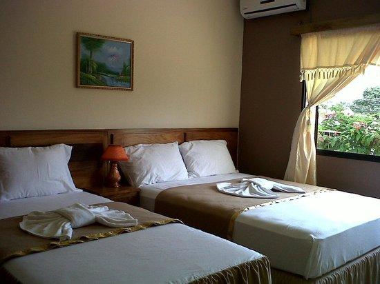 Hotel Santa Lucia Comayagua: Habitación Doble
