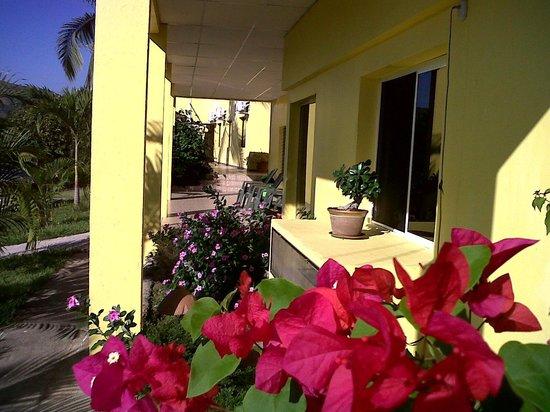 Hotel Santa Lucia Comayagua: Acceso Habitaciones