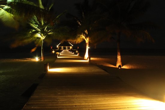 Coco Bodu Hithi: Resort at Night