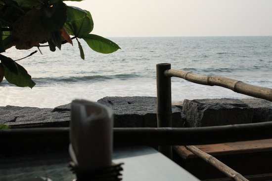 Chilliout Cafe Cherai beach: View from my table