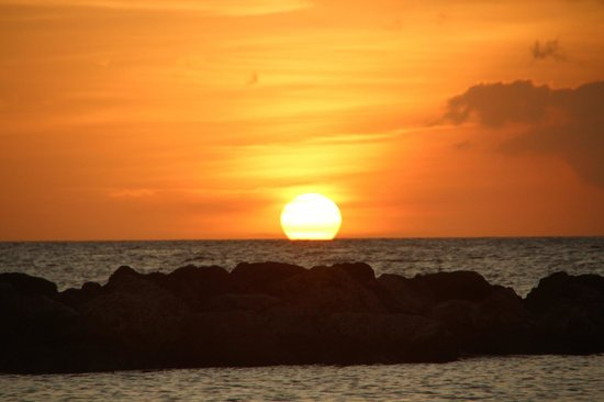 Lions Dive & Beach Resort Curacao: Por do sol visto do Hotel