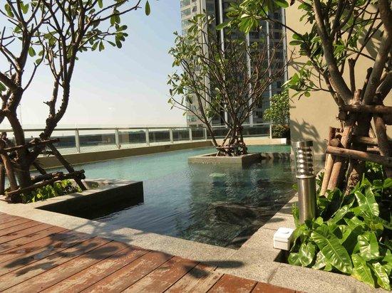 Jasmine Resort Hotel: The swimming pool