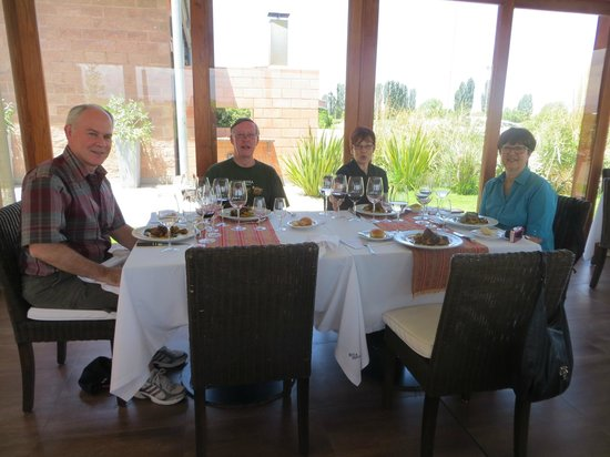 Vistalba Wine Tours : Dining at Ruca Malen