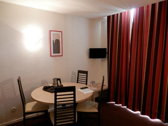Comfort Suites Epernay: SEJOUR