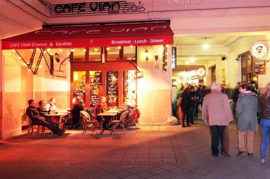 Made Inn Budapest: 20