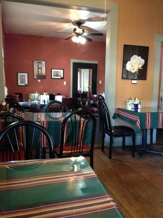 Magnolia Cafe interior