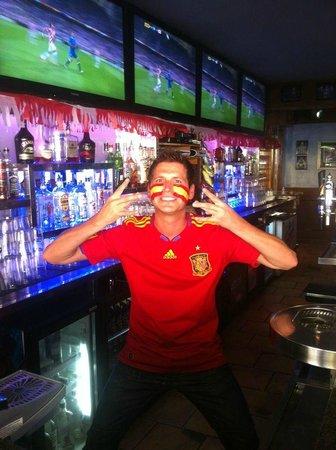 Linekers Bar Alcudia: Spanish Frankie - The Warrior