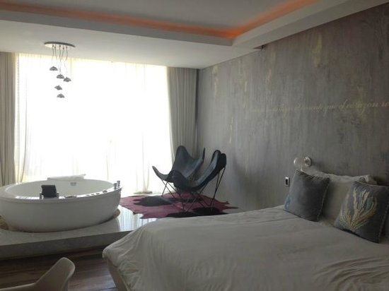Be Playa Hotel: this was my lovely room