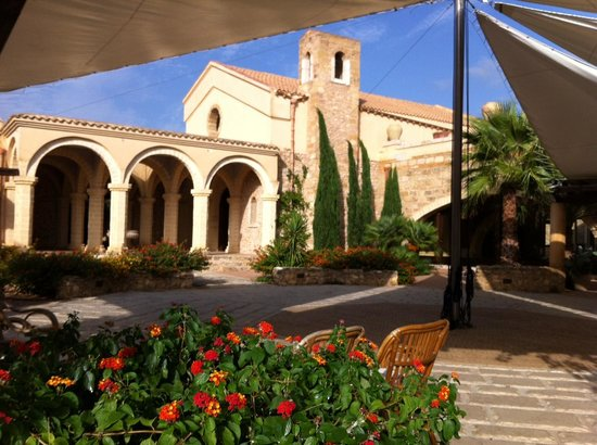 Hotel Baglio San Vincenzo : View from the inner courtyard