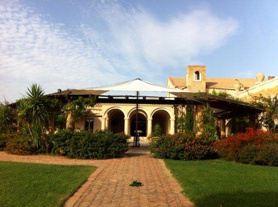 Hotel Baglio San Vincenzo : Inner courtyard