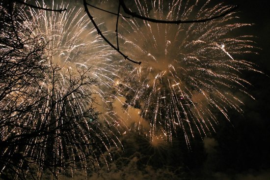 Hotel Bellevue : Interlaken's New Year's Day Firework show