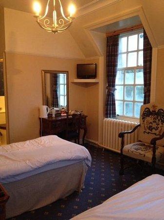 Tulloch Castle Hotel : room 11