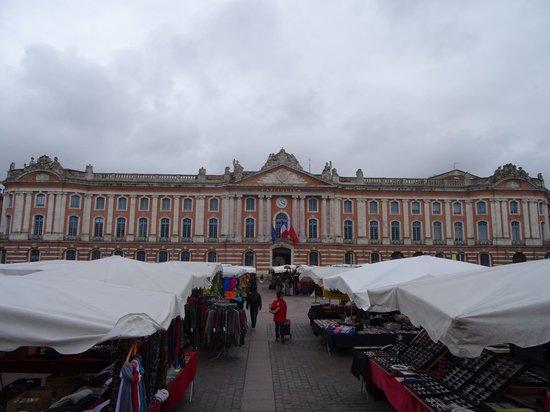 Capitole : un jour de marché