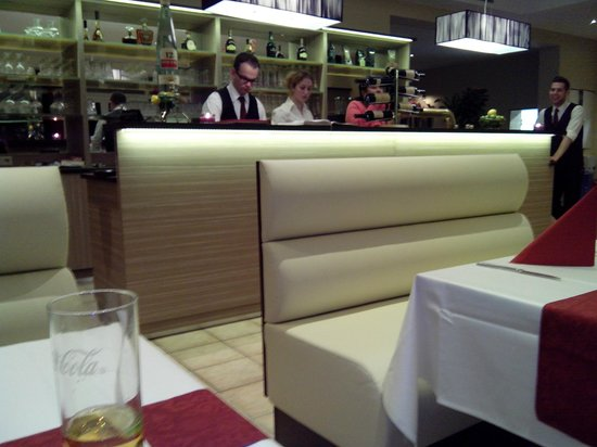 Restaurant Bacchus, Bar