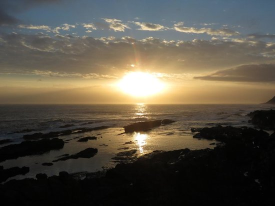 Storms River Mouth Restcamp : Beautiful Sunset