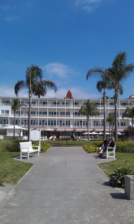 Old Town Trolley Tours of San Diego: Beautiful Catalina - Must See