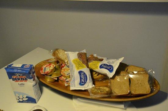 Flat Napoli Perche No: la colazione a disposizione degli ospiti