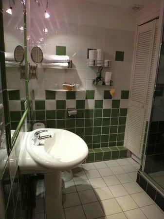 Les Logis du Roy: Jeroboam salle de bain