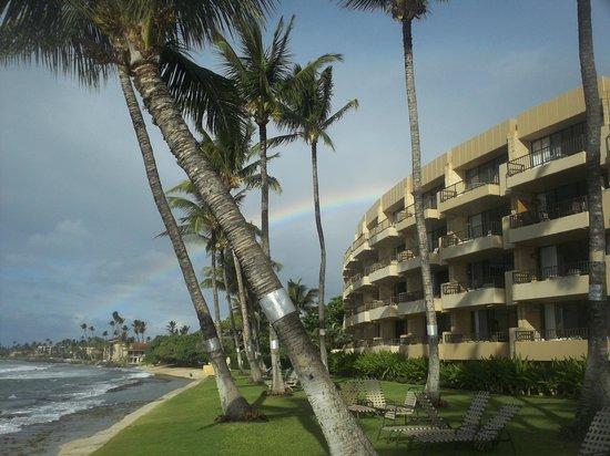 Paki Maui Resort: Rainbow from Paki Maui