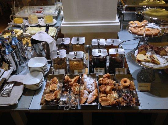 Hotel Brunelleschi: La colazione