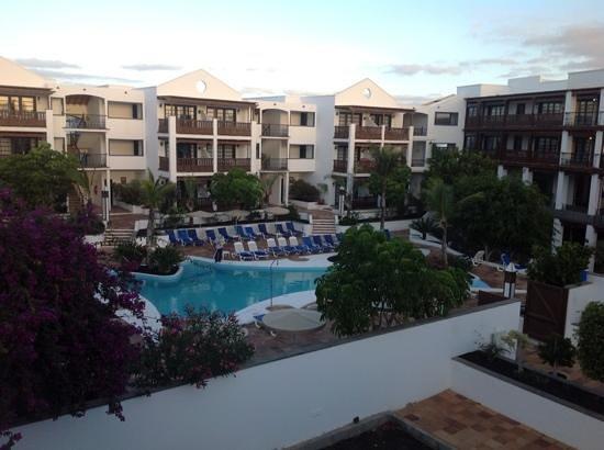 Nazaret Apartamentos: view from bedroom window to Mansion Nazaret/dining room