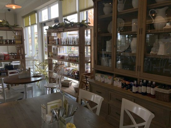 Selland's Market Cafe: Dining Area