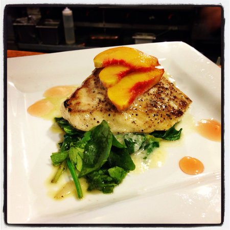 CJ's Grill: Fresh Grouper