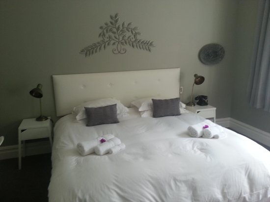 Summerwood Guest House: The bedroom
