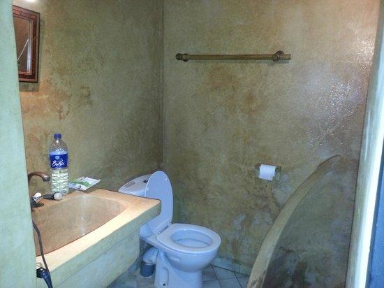 Riad Ocean Medina : badkamer Bab Sbaa