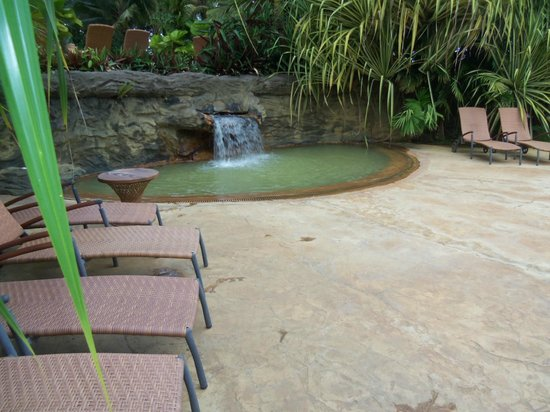 The Springs Resort and Spa: Thermal pool