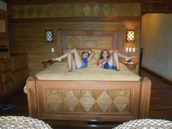 The Springs Resort and Spa: Girls getting comfy