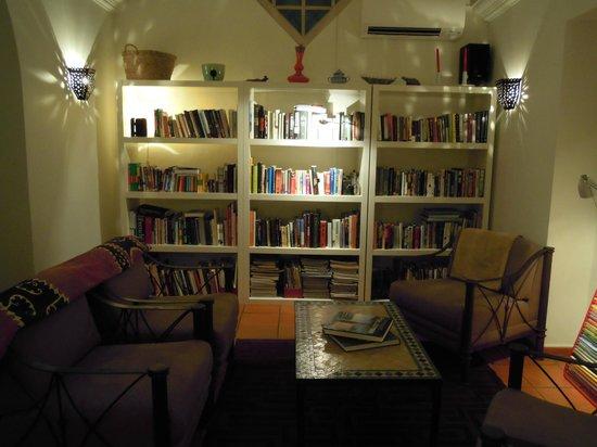 Albergaria do Calvario: Biblioteca