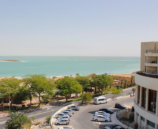 Hotel Spa Club Dead Sea: вид из окна