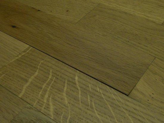 Break Sokos Hotel Levi room 'nice' floor...might hurt if get oak stick....