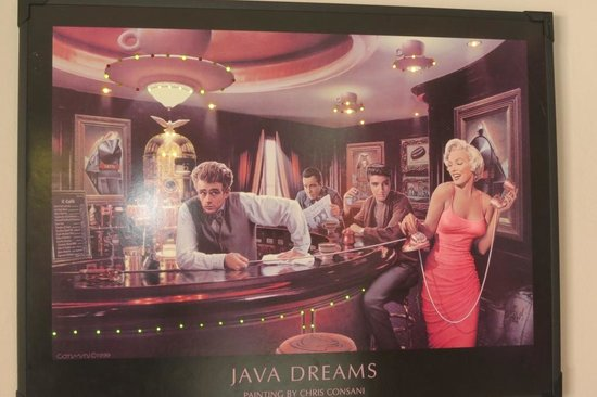 Marilyn's 60's Diner: Decor 2