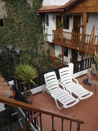 Hotel Rumi Punku : 3rd floor patio