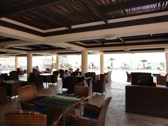 Piere Anne Beach Hotel: Ресторан отеля