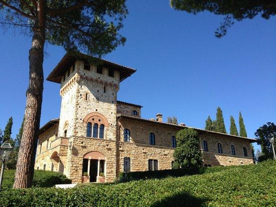 Hotel La Collegiata: Vista do jardim para o Hotel