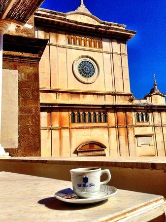 Villa Flavio Gioia: View of piazza from balcony