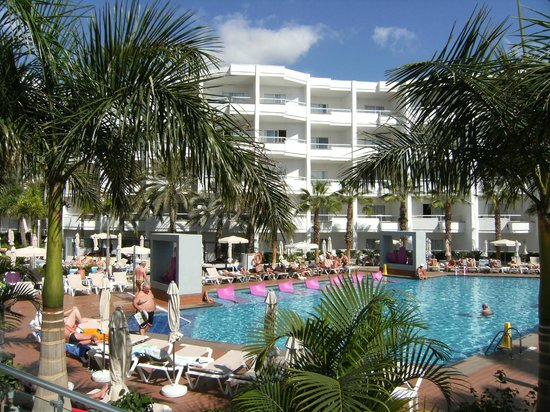 Hotel Riu Don Miguel: Pool area