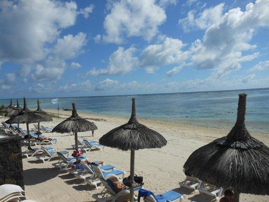 Veraclub Le Grande Sable : spiaggia ombrelloni