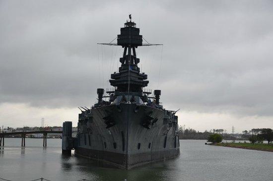 ลาปอร์ต, เท็กซัส: Battleship USS Texas