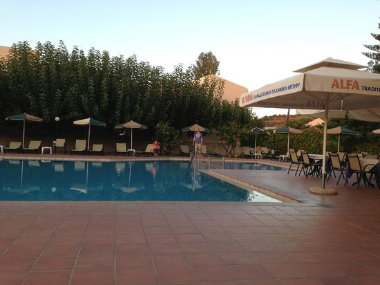 Golden Sand Hotel: Pool