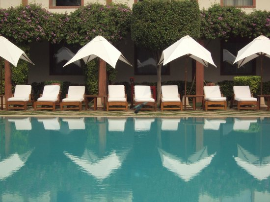 Trident, Agra: Poolside