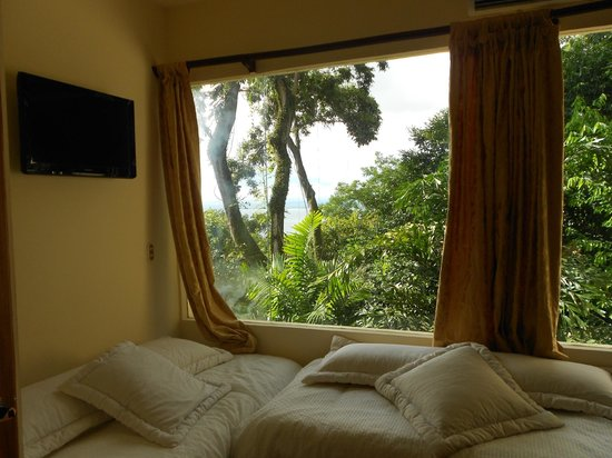 Issimo Suites Boutique Hotel and Spa : Room view