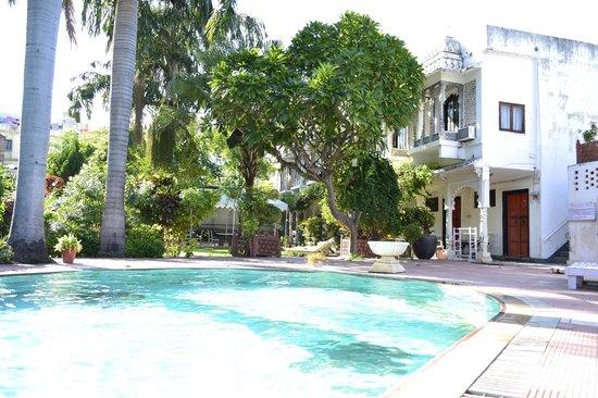 Rangniwas Palace Hotel : Pool