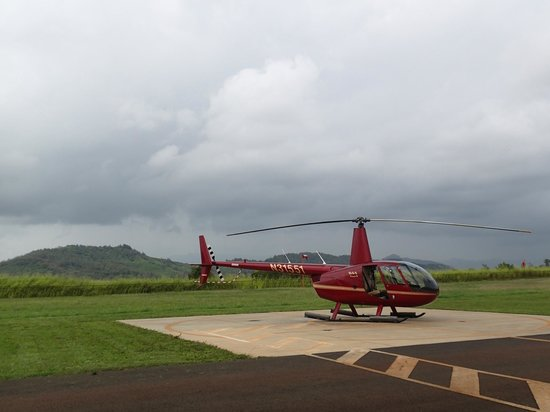 Mauna Loa Helicopters Tours: Our ride.